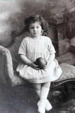 Rose5_Leonie in 1926